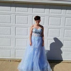 boutique Dresses - Prom dress